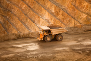 Newmont expects to produce 6.5 million ounces in 2021, sees stable output through 2025