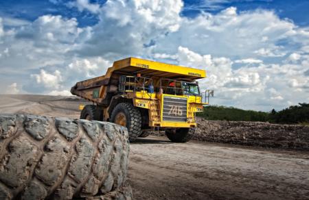 Barrick says Porgera mine moves closer to restart in 2021